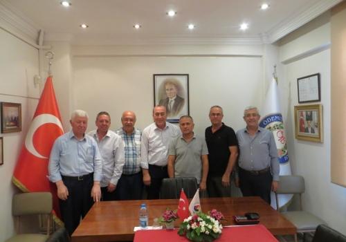 CHP Ödemiş İlçe Teşkilatı Ödemiş Ticaret Borsası'na Ziyarette Bulundu.