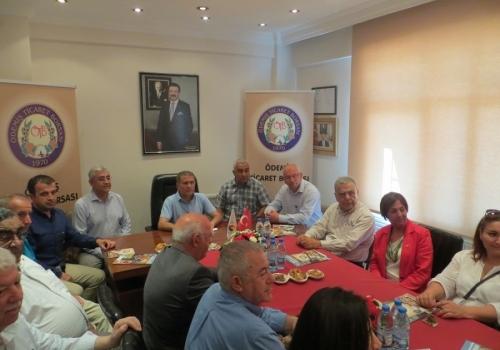 İzmir Büyükşehir Belediye Başkanı Sayın Aziz Kocaoğlu Ödemiş Ticaret Borsası'nı ziyaret etti: