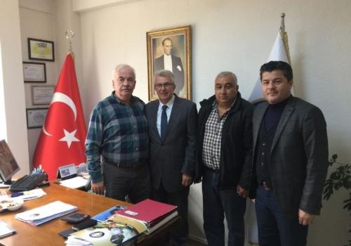 Ödemiş Belediye Başkanlığına; CHP Aday Adayı olan Mehmet ERİŞ Ödemiş Ticaret Borsası'nı Ziyaret etti.